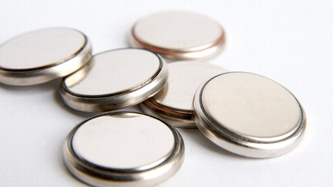 nc_button_batteries_ll_120830_wblog