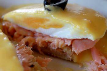 salmon benedict2